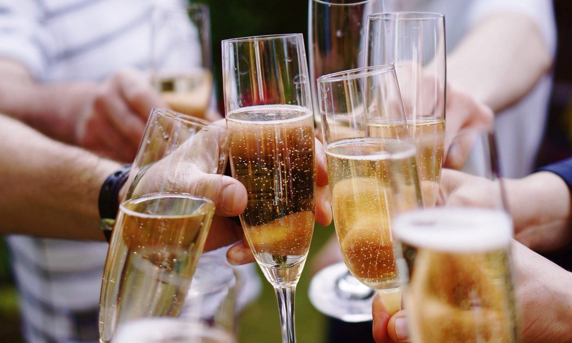 EC: These Sparkling Wines Give You the Best Bang for Your Buck