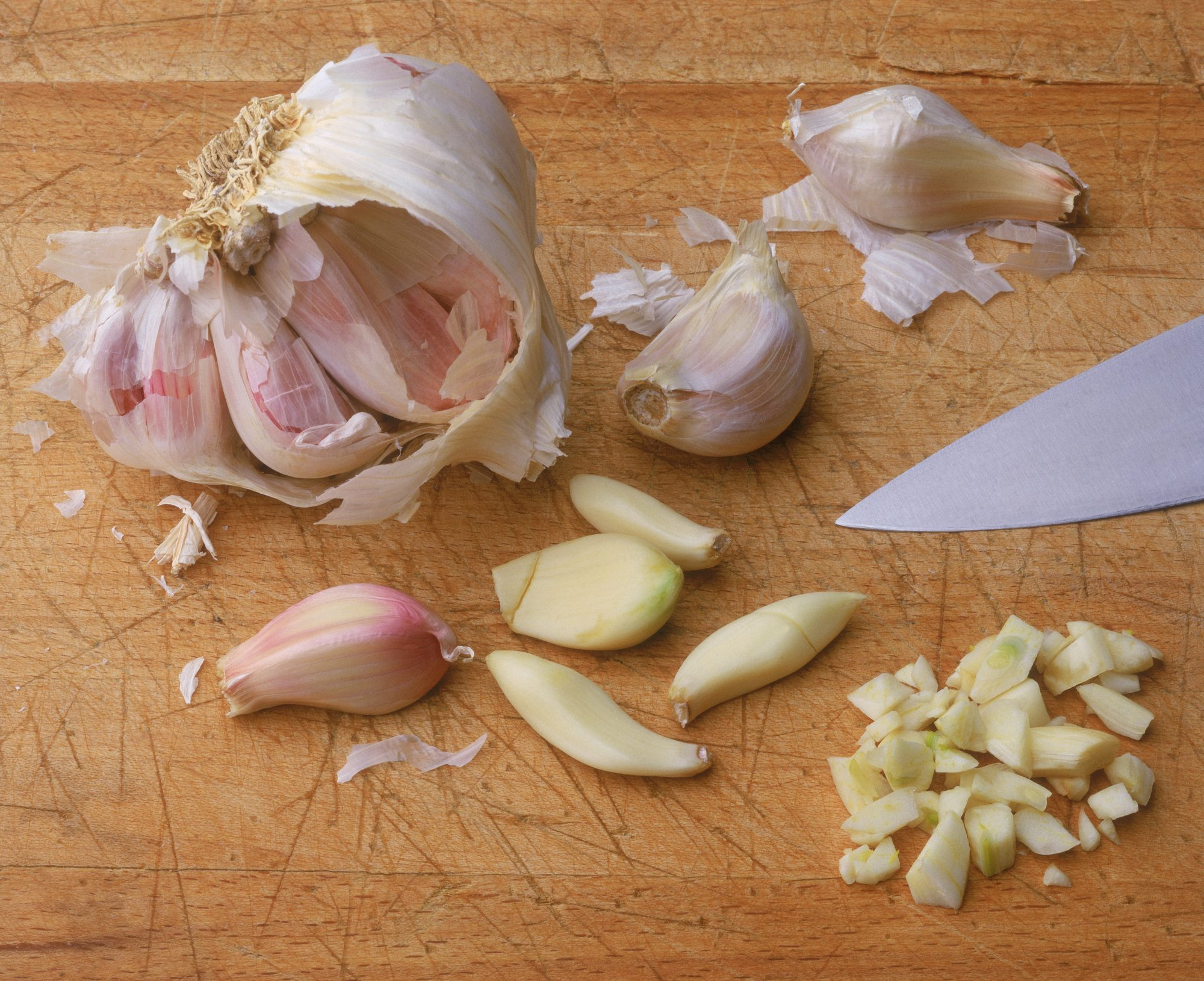 Does the Way You Prep Garlic Impact Its Flavor?