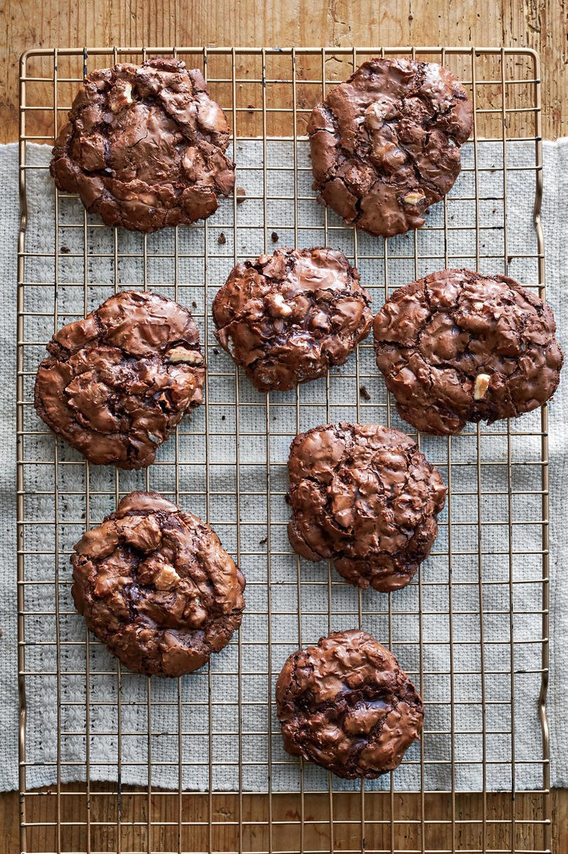 Fudgy Flourless Chocolate-Pecan Cookies