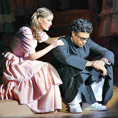 Jaime Camil y Maria Ines