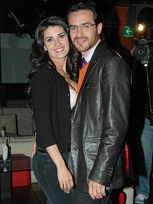Jorge Poza, Mayrin Villanueva