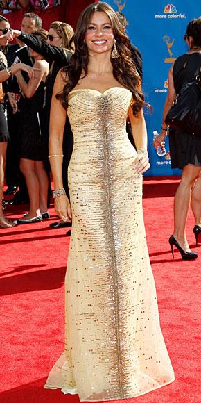 SOFÍA VERGARA, Mejor vestidos 2010