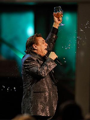 Juan Gabriel Show, Latin GRAMMY 09