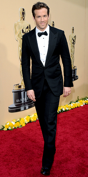 Ryan Reynolds, Mejor vestidos 2010