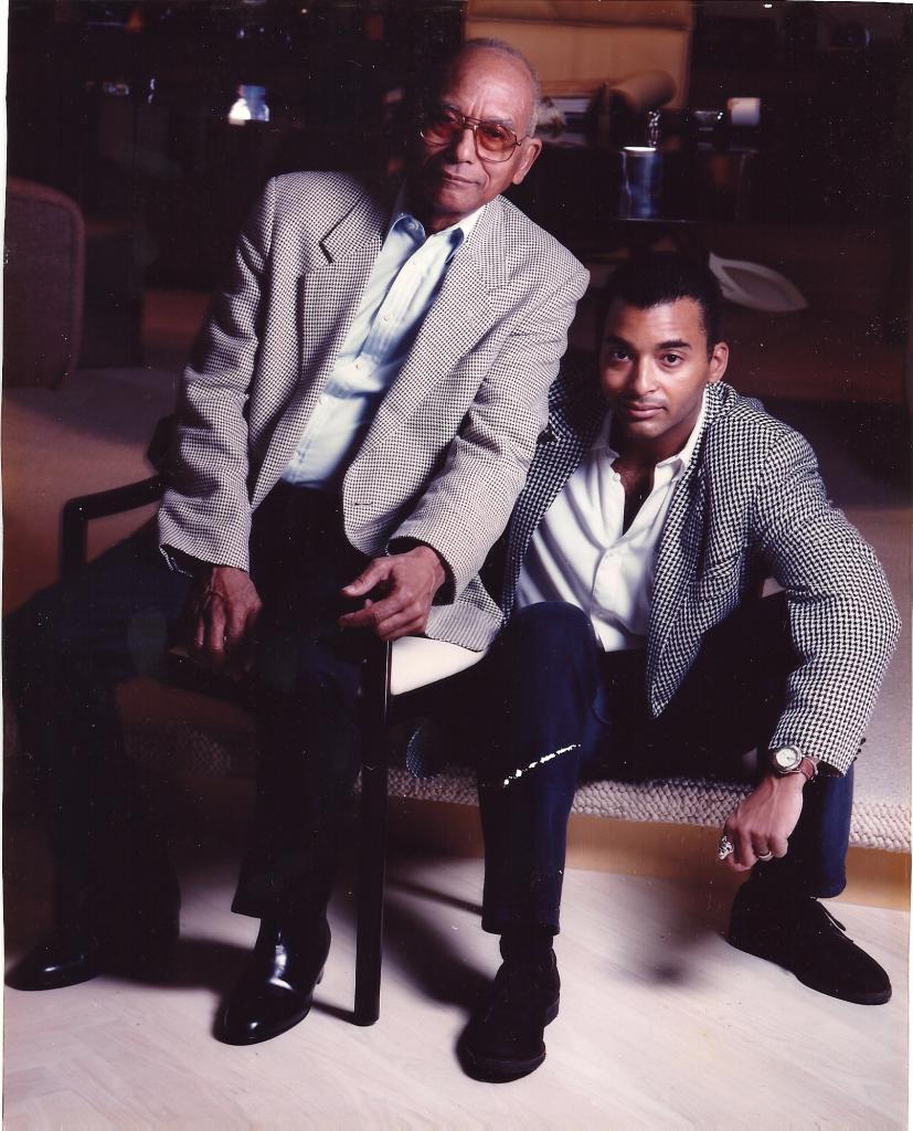 Jon Secada y su padre, José Miguel Secada