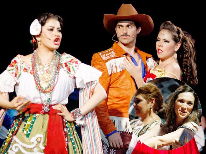 Ernesto D'Alessio, Lupita D'Alessio, Charito Ruiz