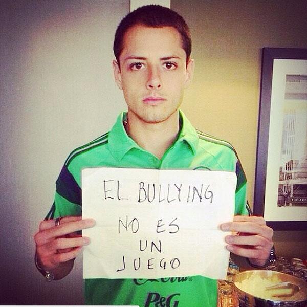 Javier 'Chicharito' Hernández, bullying