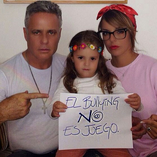 Alexis Ayala y Fernanda López, Roberta bullying