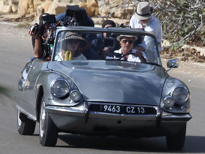 Brad Pitt, Angelina Jolie, Míralos