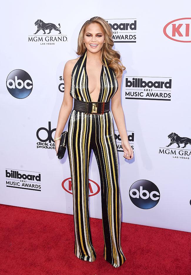 Chrissy Teigen, Billboard 2015