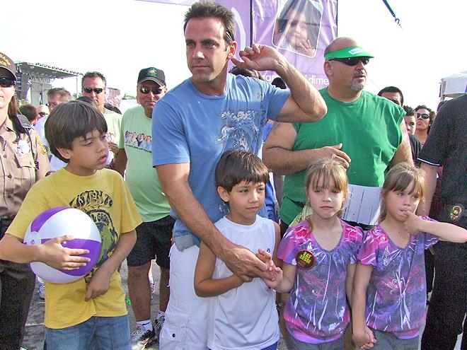 Carlos Ponce, Galería adoptados