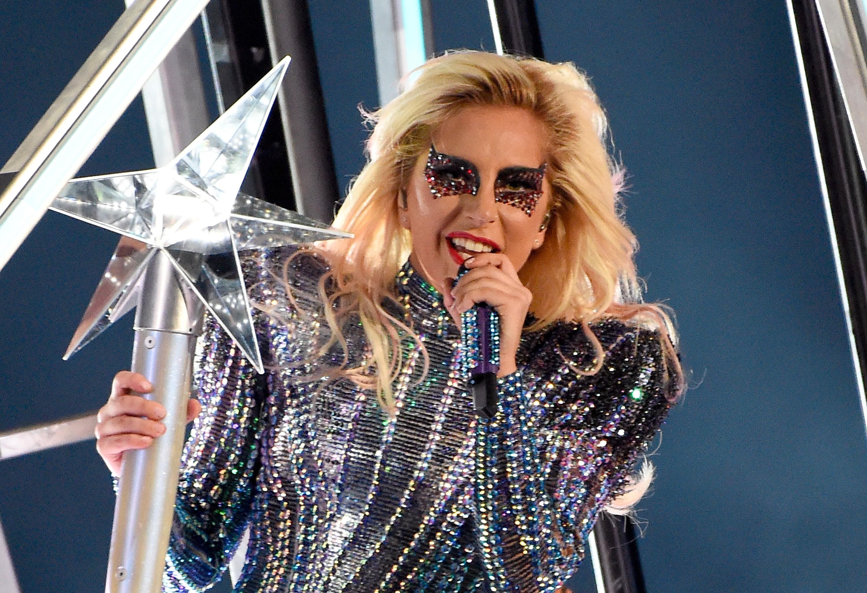 Lady Gaga en el Super Bowl LI Halftime Show