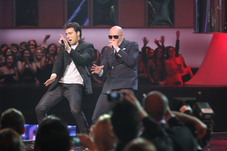 Jencarlos Canela and Pitbull