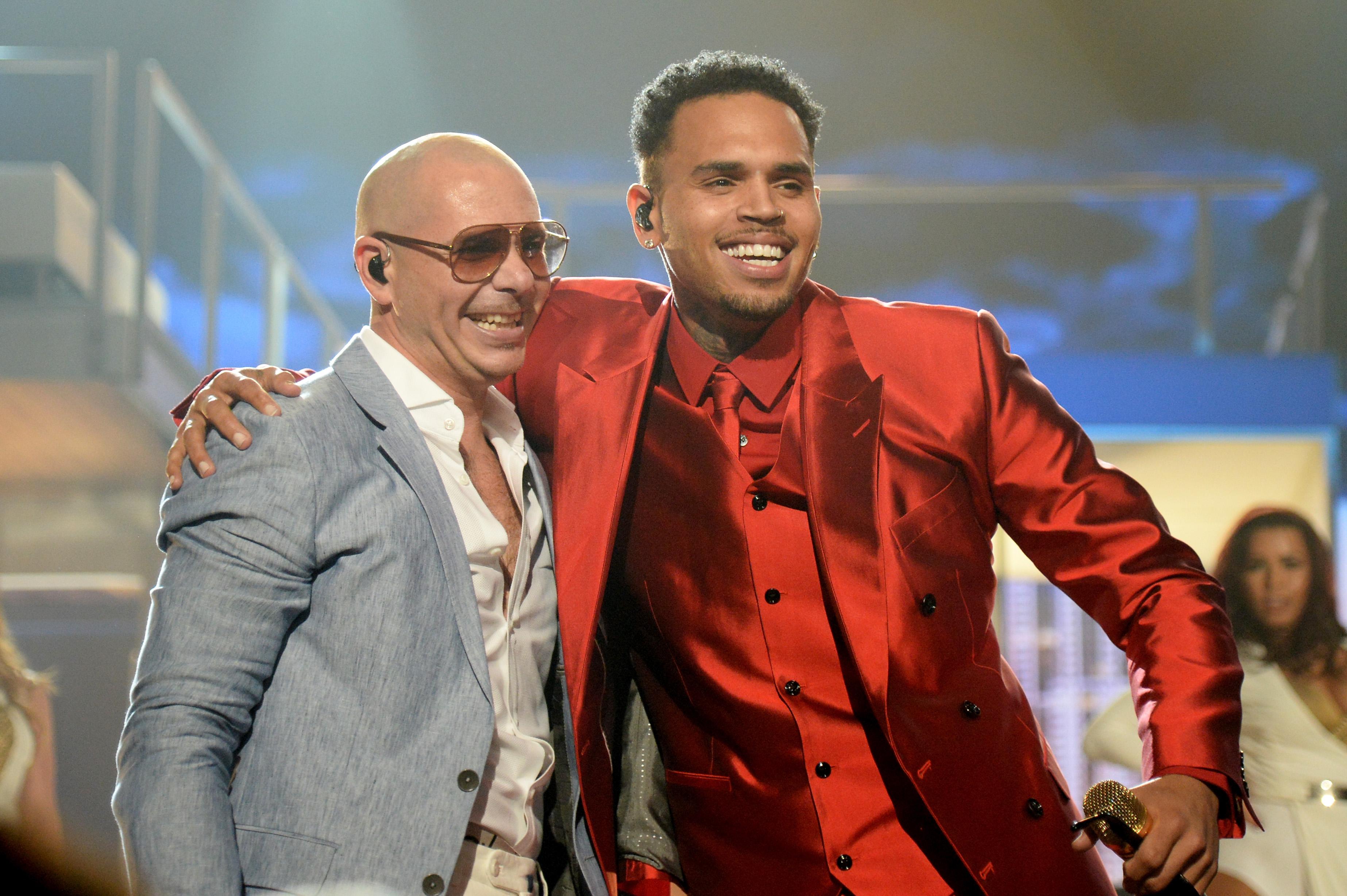 Pitbull y Chris Brown