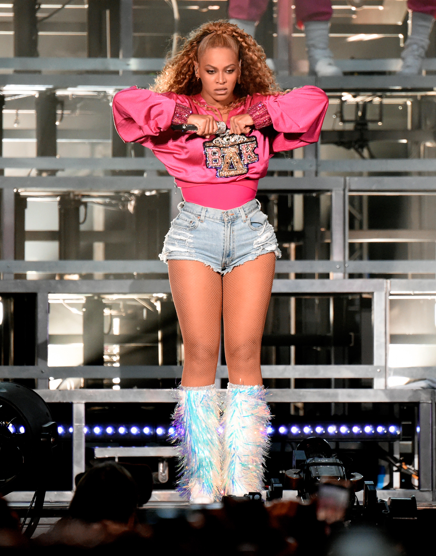 Beyonce, coleccion, ropa, coachella, balmain