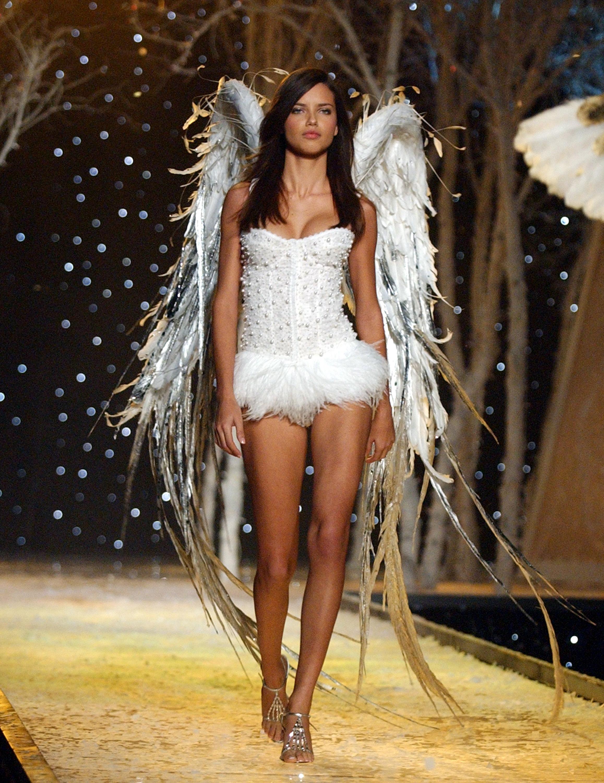 Adriana Lima, modelo, pasarela, victorias secret