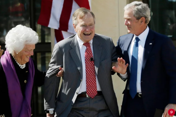 Barbara Bush, George H.W. Bush and George W. Bush