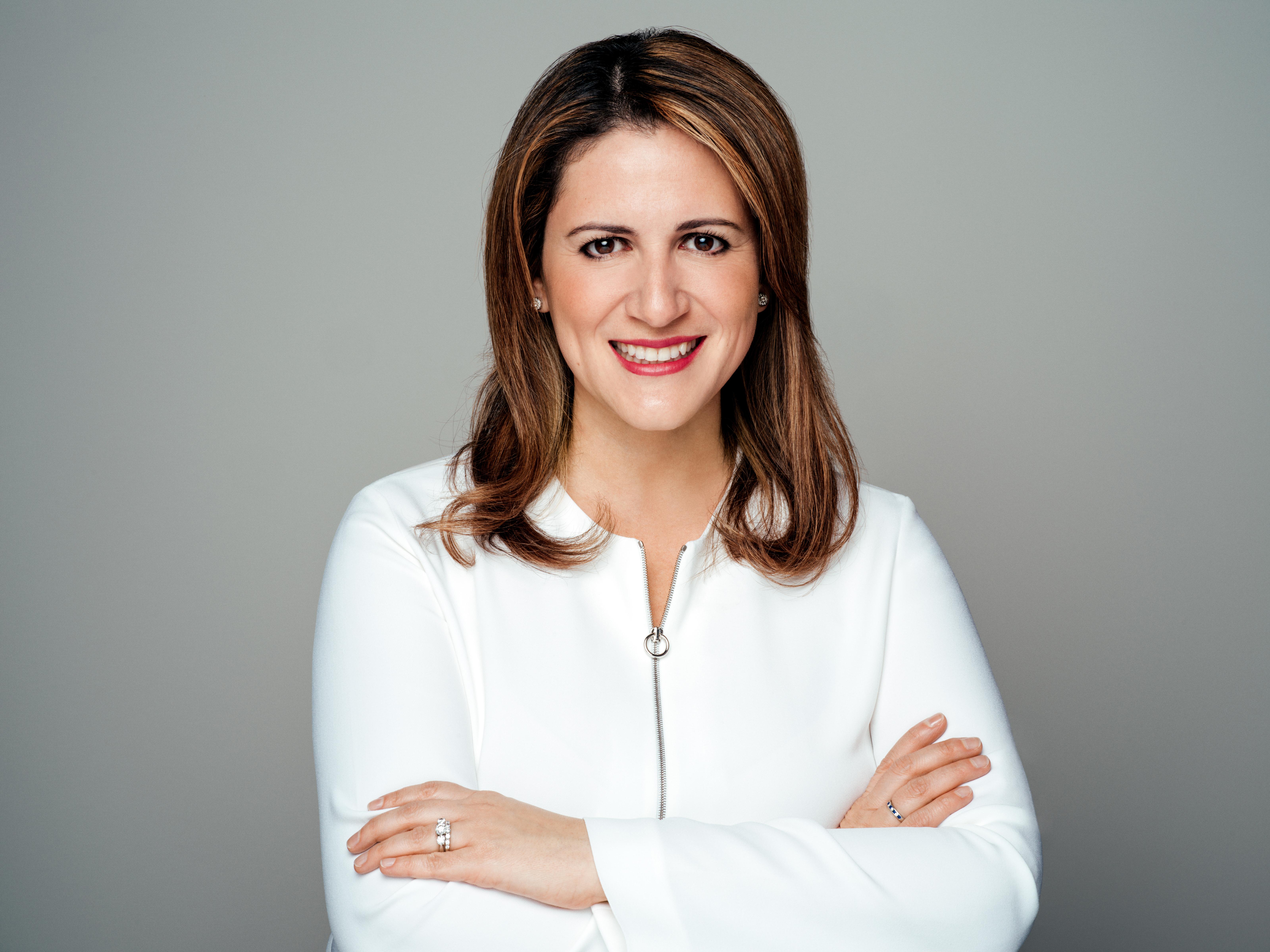 Sonia Sroka - Poderosas - April 2019