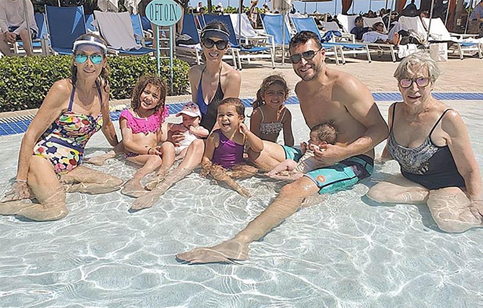 Familia de Jacky Bracamontes