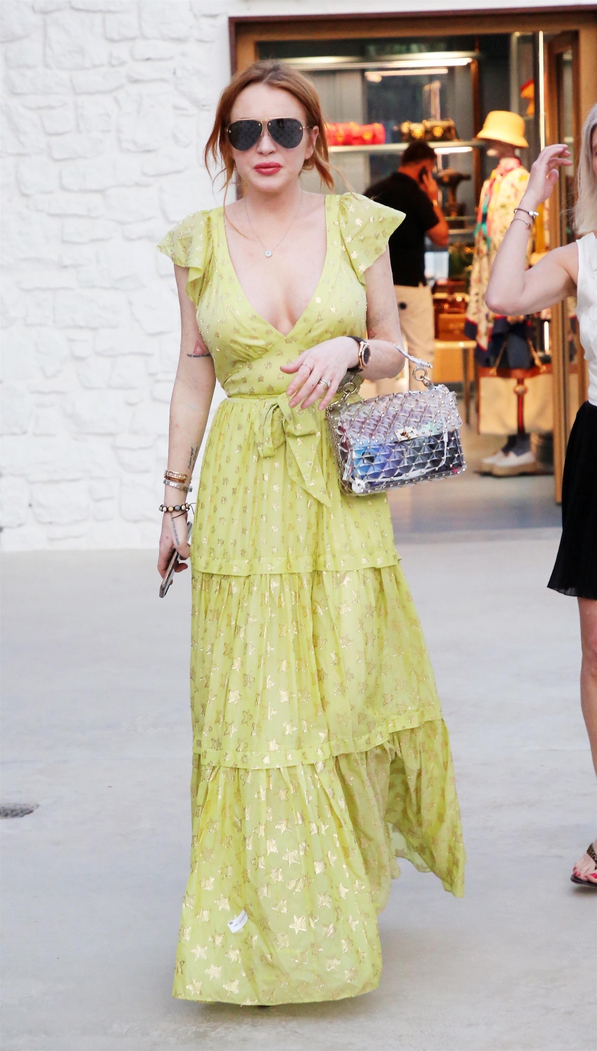 Lindsay Lohan, looks, grecia, mykonos