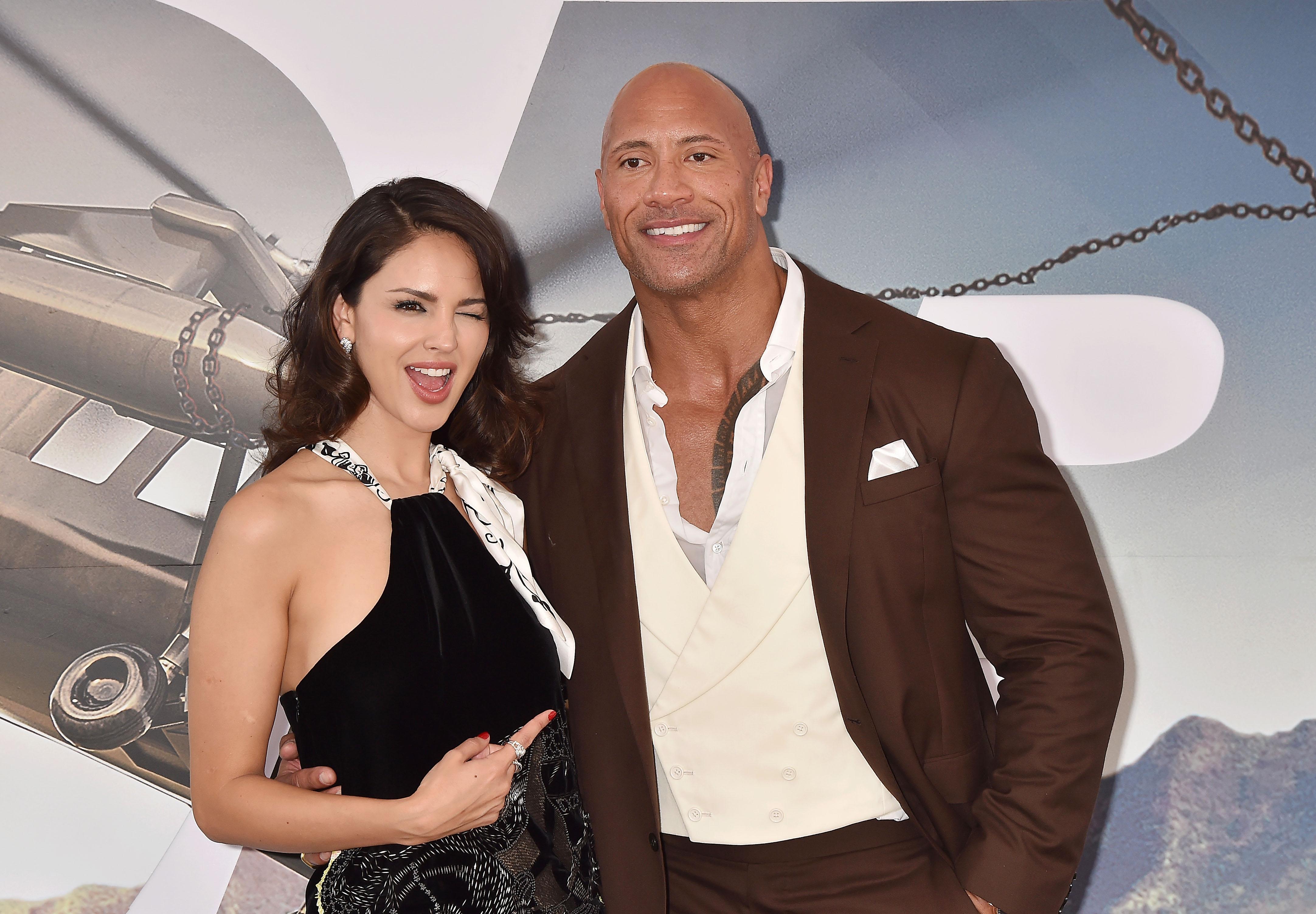 """Eiza González, Dwayne """"The Rock"""" Johnson, Fast & Furious Presents: Hobbs & Shaw, Hollywood"""