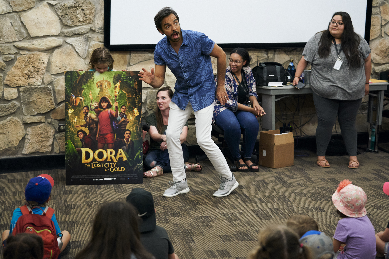 Eugenio Derbez Dora and the Lost City of Gold en Dallas