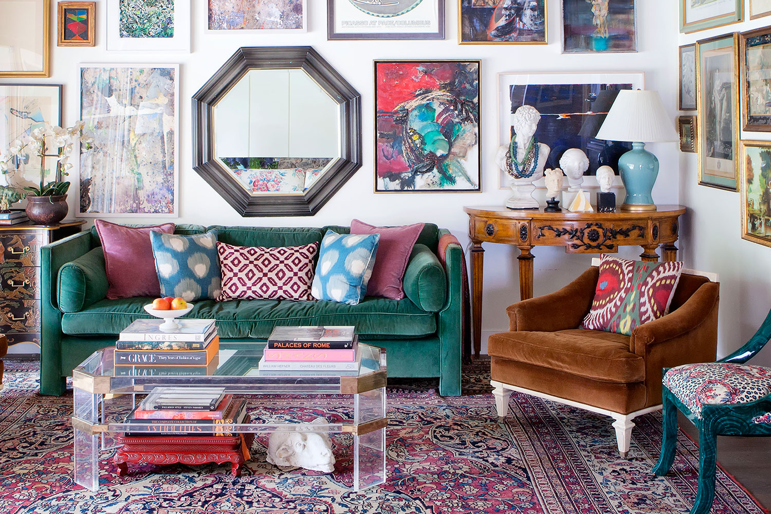 Living Room Decor Trends To Follow In 2018