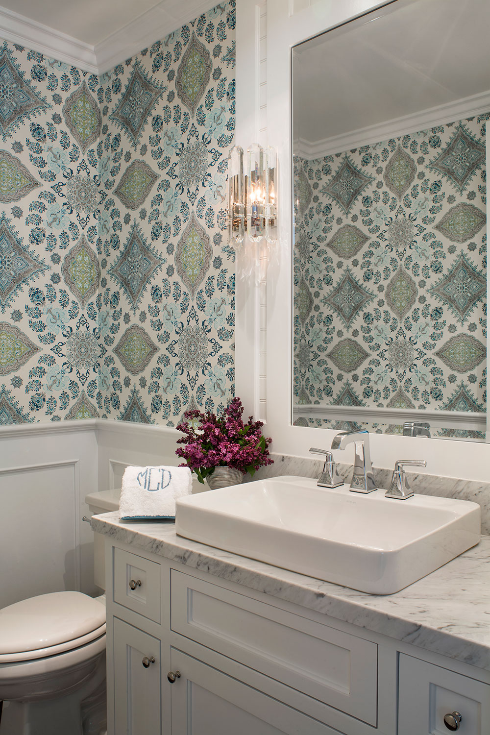 10 decorating trends to watch out for in 2018 real simple for Wallpaper trends for bathrooms