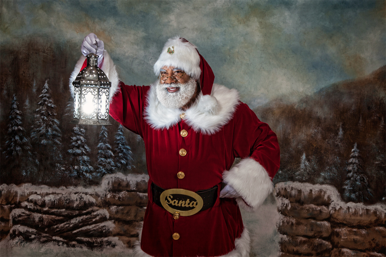 5 Professional Santas Reveal Their Secrets, From $800-an-Hour Pay to Beard Maintenance