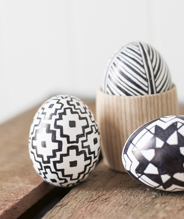 Black and White Graphic Eggs