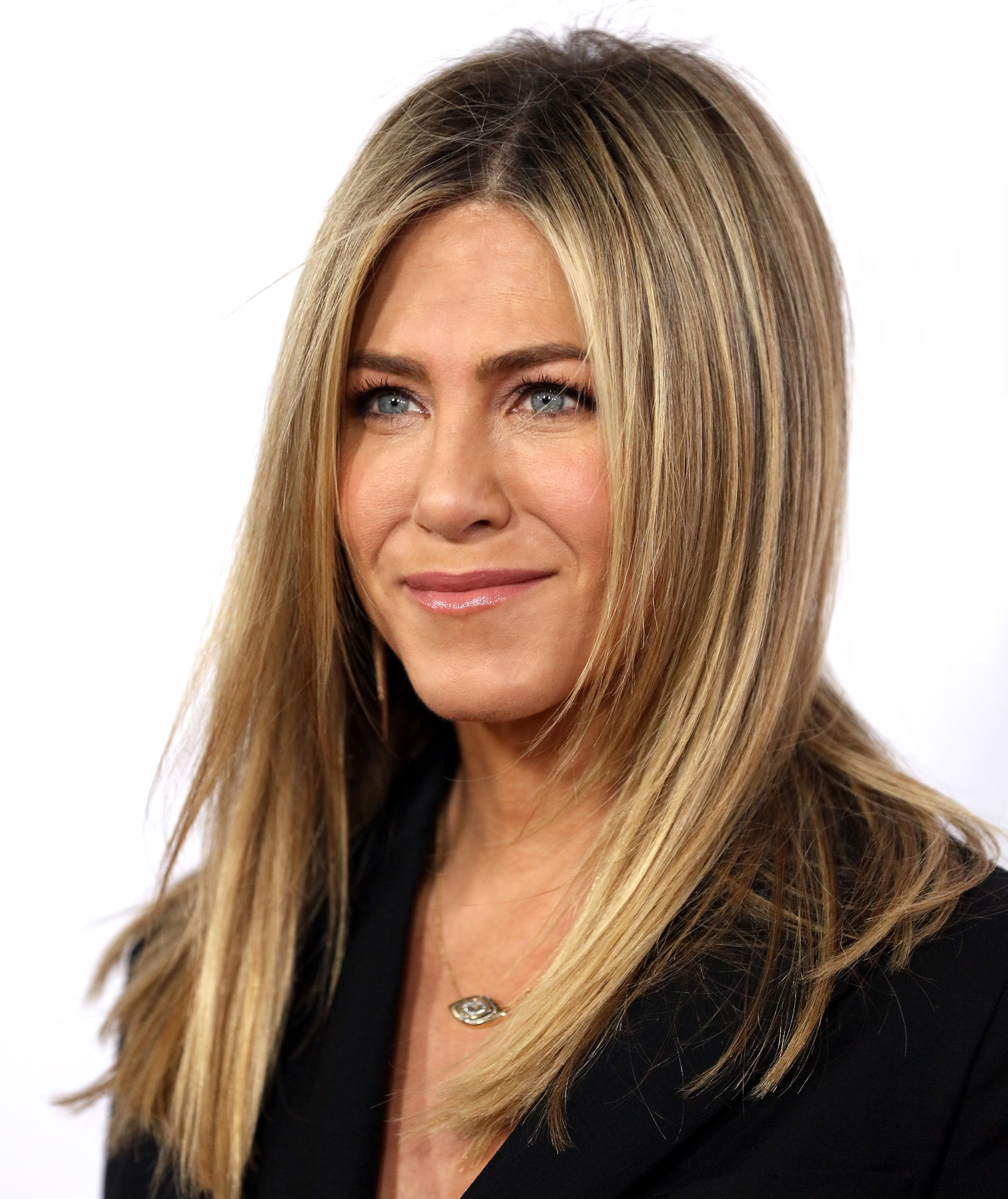 Watch But dont worry — Aniston gets zits too video