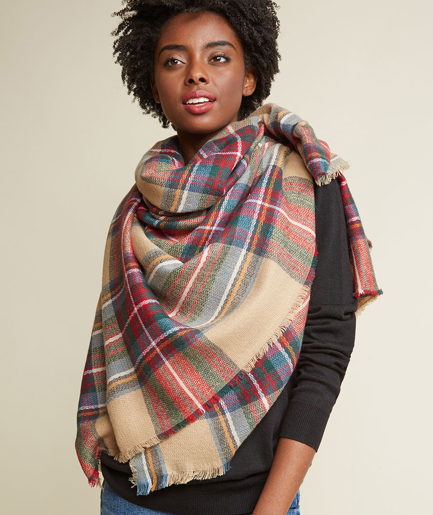 11 Tips for How to Wear and Tie a Blanket Scarf  7638d4afc