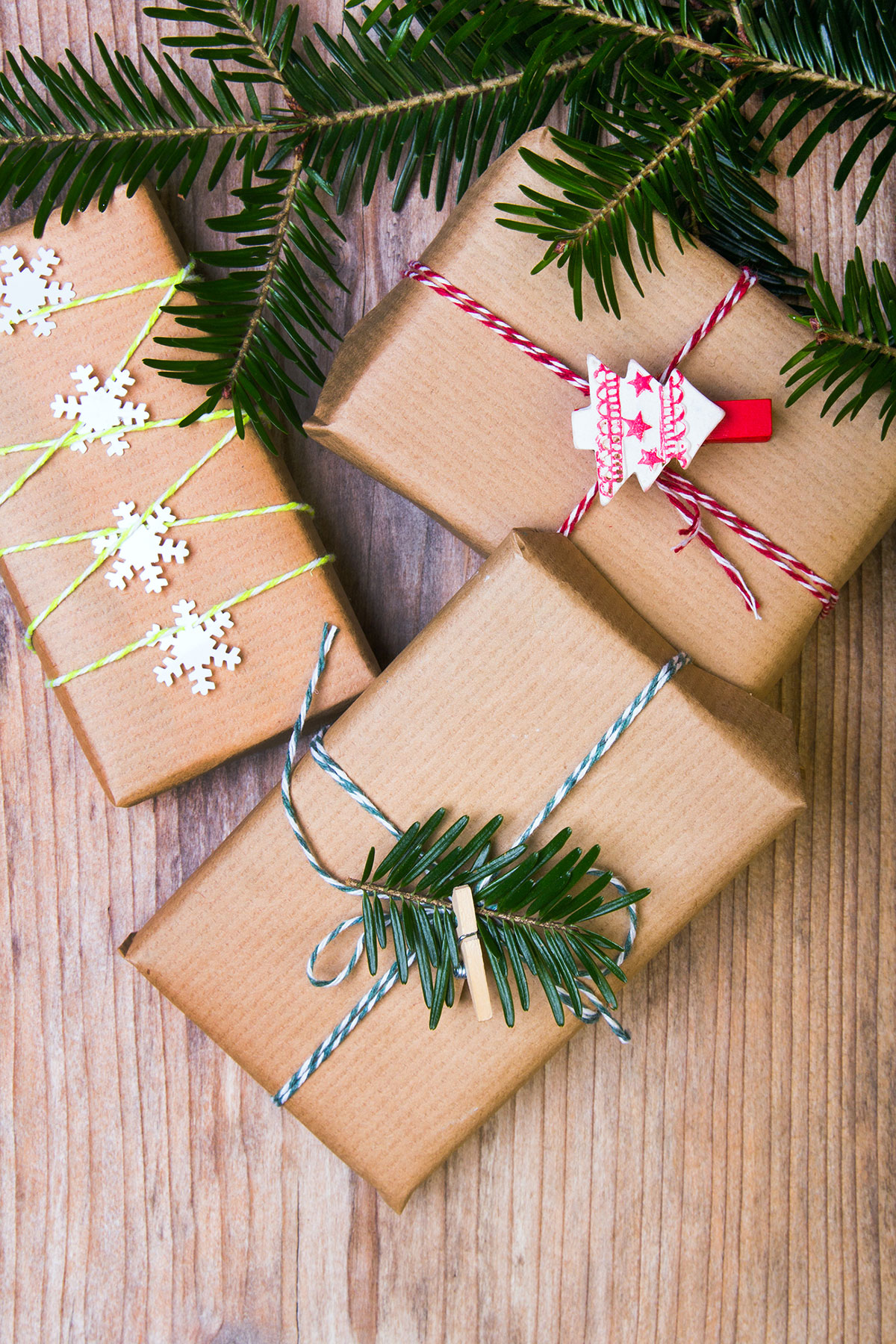 Your Guide to Holiday Shipping Deadlines for These Top Retailers