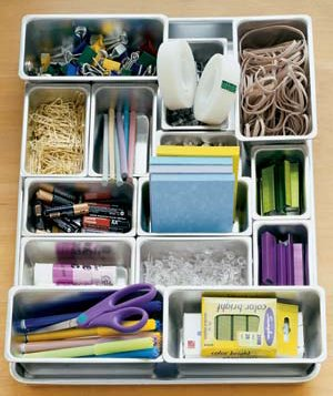 Customize a drawer to your liking with movable organizers in various sizes.