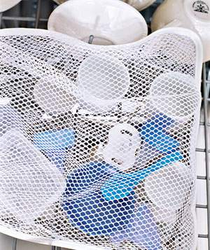 Laundry Bag as Dishwashing Aid