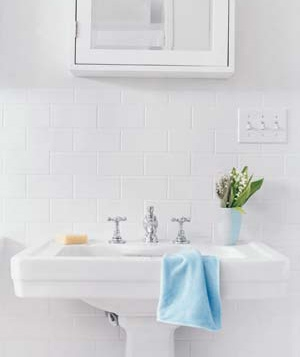 Clean Your Bathroom Fast Real Simple - Fastest way to clean a bathroom