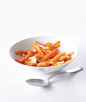 Cooked carrots in a bowl