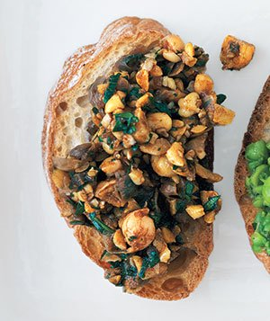 Chickpeas and Balsamic Vinegar Bruschetta
