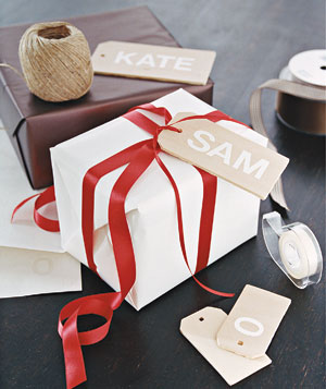 Wooden gift tags with stick-on letters