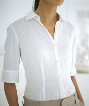 Woman wearing a white shirt