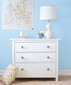 White dresser with lamp