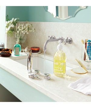 Bathroom sink with products