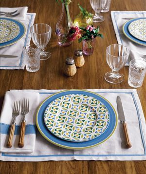Place setting for an informal lunch
