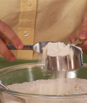 How To: Measure Dry Ingredients