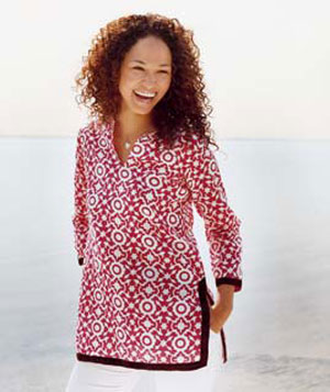 Woman wearing a printed tunic