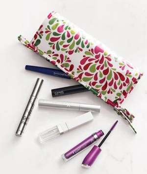 Cosmetic bag with mascara