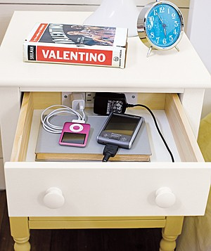 PBTeen Cottage Smart bedside table
