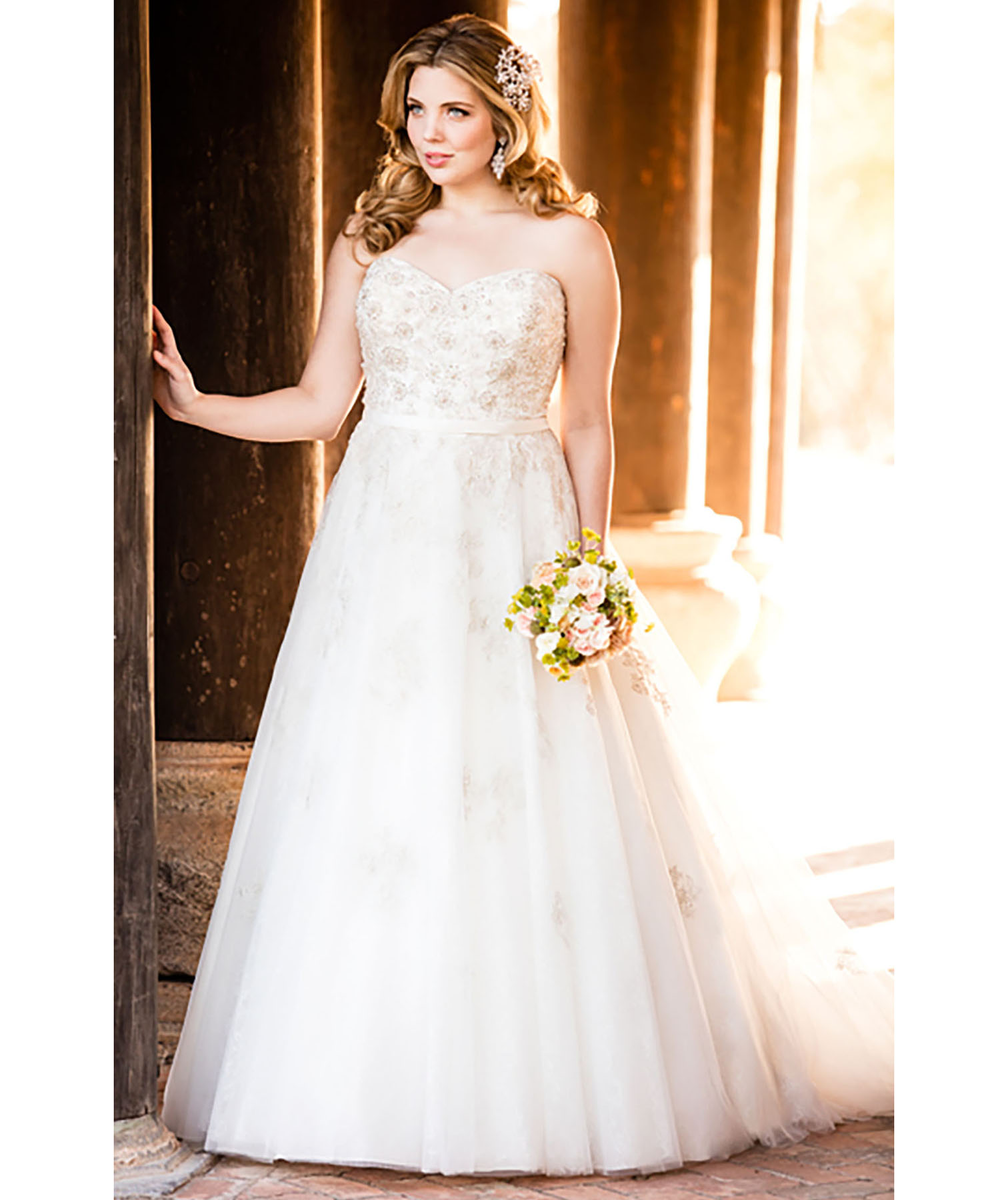 Silver plus size wedding dresses with sleeves