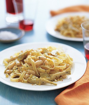 Fettuccine With Artichokes and Beans