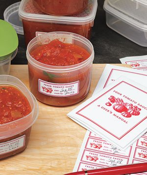 Tomato sauce in containers